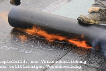 Beispielbild einer vollflächigen Verschweißung von Bitumenbahnen.