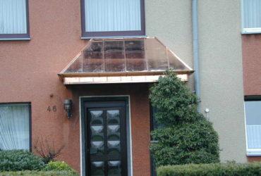 Vordachkonstruktion, Eindeckung mit Kupferscharen